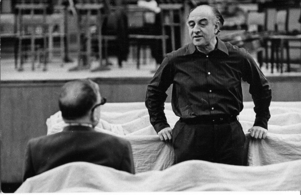 Дмитрий Шостакович и Рудольф Баршай.  На репетиции в Большом зале консерватории.   Москва