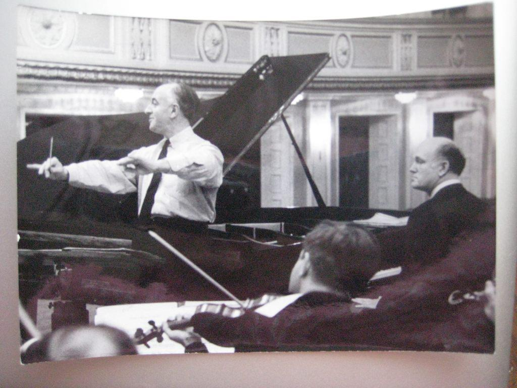Со Святославом Рихтером на репетиции в Большом   зале Московской консерватории. 1967