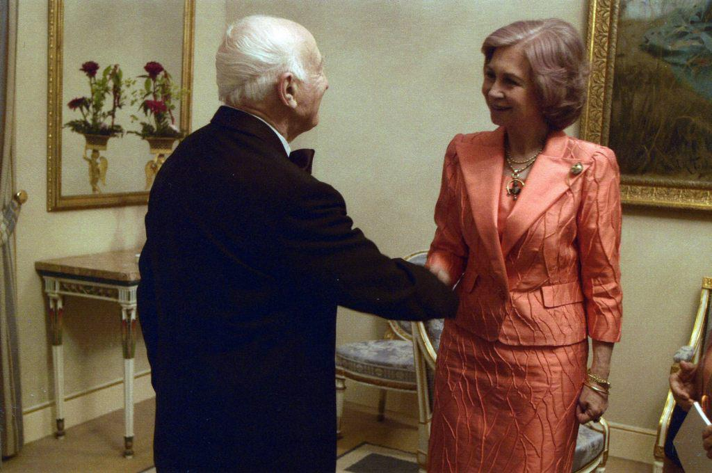 Встреча Рудольфа Баршая с Королевой Испании   Софией после концерта в Королевском дворце в   Мадриде. 18 июня 2004